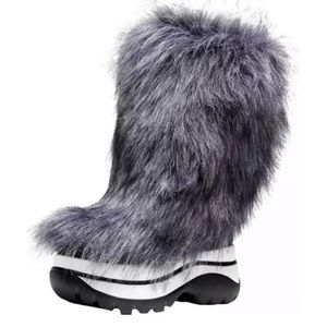 Michael Kors gamma cold weather faux fur boots 6